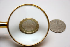 1 euro e 1 Deutsche Mark Immagine Stock Libera da Diritti