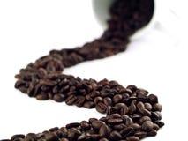 1 flaque de fleuve de café d'haricots Image libre de droits