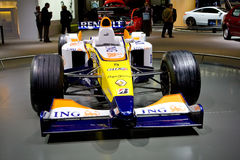 1 formelrenault sportcar yellow Arkivbilder