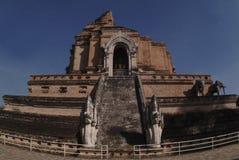 1 forntida stupa thailand Royaltyfri Fotografi