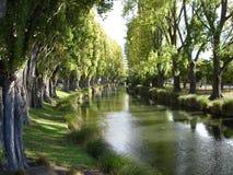 1 fridfulla flod Arkivfoto