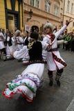 1 ganska festivalfolklore prague Royaltyfri Bild