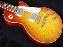 1 gitarr Arkivfoton