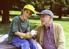 1 grandfather внук Стоковое Изображение
