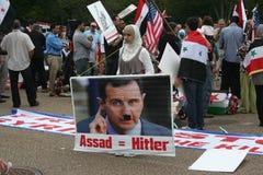 1 hus protesterar syria white Royaltyfria Bilder