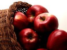 1 jedzenie jabłek 4 koszyka obraz royalty free