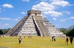 1 kukulcan pyramid Royaltyfri Fotografi