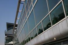 1 moderna konstruktionsexponeringsglas arkivbild