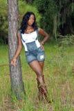1 mot härlig benägenhet sörjer treekvinnan Royaltyfria Foton