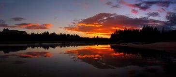 1 solnedgångtuolumne Arkivfoto