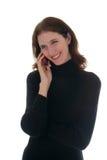 1 talande kvinna för svart skjorta för celltelefon Fotografering för Bildbyråer