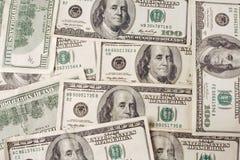 1 tausend Dollar in den Hunderten Lizenzfreies Stockbild