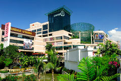 1 Utama shoppingComplex Arkivfoto