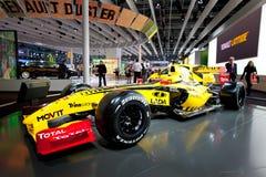 1 yellow för bilfomularenault sport Arkivfoto