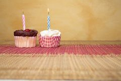 10块杯形蛋糕 免版税图库摄影