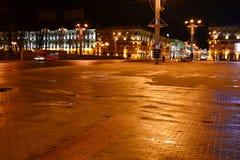 10月广场在晚上在米斯克 库存图片