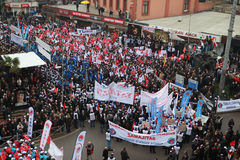 10,000 METAL WORKERS STAGED A DEMONSTRATIM IN ZONGULDAK. Royalty Free Stock Photography