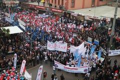 10.000 METALLarbeitskräfte POSITIONIERTEN EIN DEMONSTRATIM IN ZONGULDAK. Lizenzfreie Stockfotografie