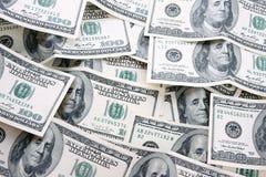 100个票据美元货币堆 免版税库存照片