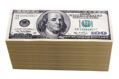 100 счетов доллара изолировали Стоковые Фотографии RF