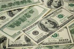100 счетов доллара Стоковые Изображения