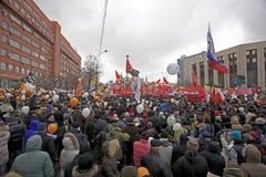 100.000 joignent le rassemblement de protestation d'avenue de Moscou Sakharov Photos stock