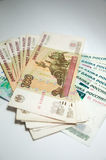 100 1000 bills många rouble Royaltyfri Bild