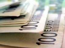 100欧洲欧元一百一个 库存图片