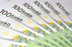 100 billetes de banco euro del dinero Imagen de archivo libre de regalías