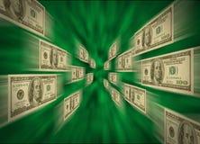 $100 cuentas que vuelan con un vórtice verde Foto de archivo libre de regalías