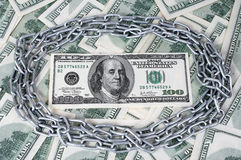 100 dolarowy i okrąg łańcuch Obrazy Royalty Free
