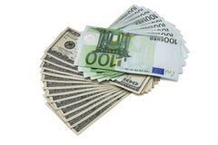 100 dollar- och eurosedlar Arkivbild