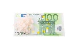 100 euro com cristais de sal Imagens de Stock