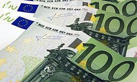 100 euros Arkivfoton