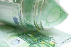 100 euros några Fotografering för Bildbyråer