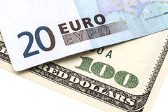 100 USD和20欧元 免版税库存照片