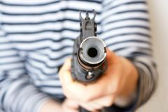 105 ak枪设备人 免版税图库摄影