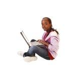 10Girl che si siede sul pavimento. Fotografie Stock Libere da Diritti