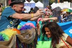 10mo Desfile anual del orgullo del St. Pete Foto de archivo