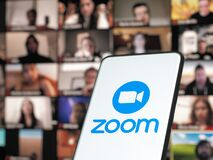 Free 11 January 202 - Bucharest, Romania: Smartphone Starting Zoom Cloud Meetings App With Meeting On A Background Monitor Royalty Free Stock Photography - 207113187