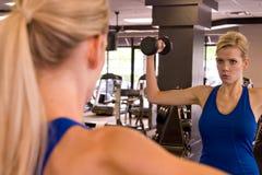 11 kobieta weightlifter Zdjęcia Royalty Free
