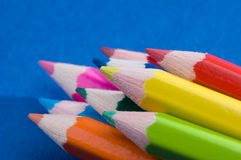 11 kulöra blyertspennor Fotografering för Bildbyråer