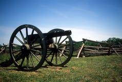 12大炮在果树园桃子附近的lb拿破仑 图库摄影