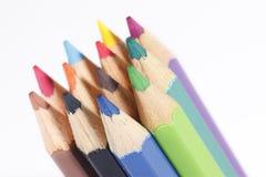 12支颜色柔和的淡色彩铅笔 库存照片