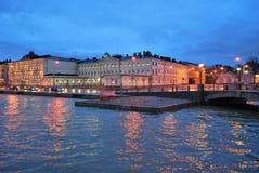 12月黄昏在赫尔辛基 库存照片