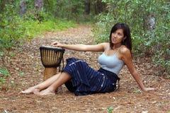 12美丽的户外妇女 图库摄影