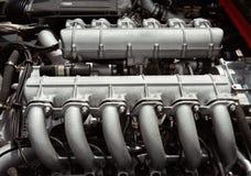 12辆汽车磁道引擎种族 免版税库存照片