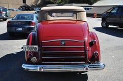 12 1937 antika bilcabrioletpackard Royaltyfri Bild
