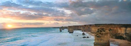 12 apôtres au crépuscule Photographie stock