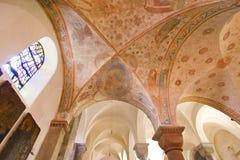12. Jahrhundertkrypta in einer Romanesquekirche Lizenzfreie Stockfotos